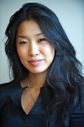 Thumbnail for Award-winning Poet Tina Chang reads with Five Seniors in Princeton's Creative Writing Program February 22